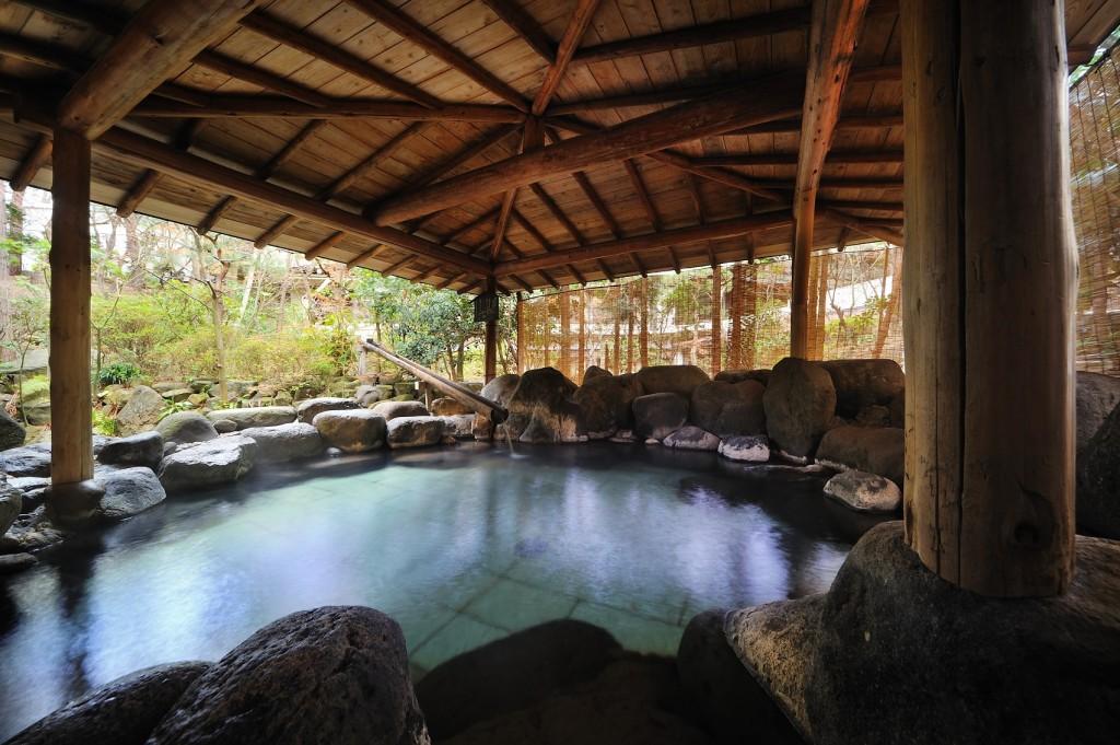 殿の湯露天風呂